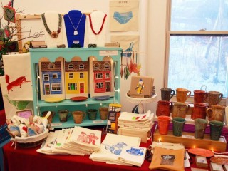 Asymmetrical balance in a display of work by artists from the Quidi Vidi Plantation. Photo: CCNL